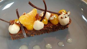 menu a emporter dessert orange crème et gâteau